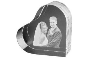 Cubo di vetro con foto
